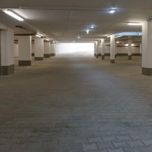 underground-car-park-1082955_1920